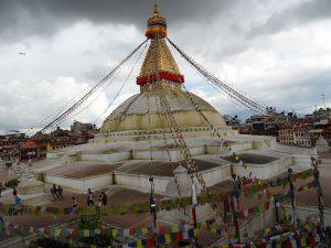 01_boudha-stupa_vor-dem-erdbeben-26072012